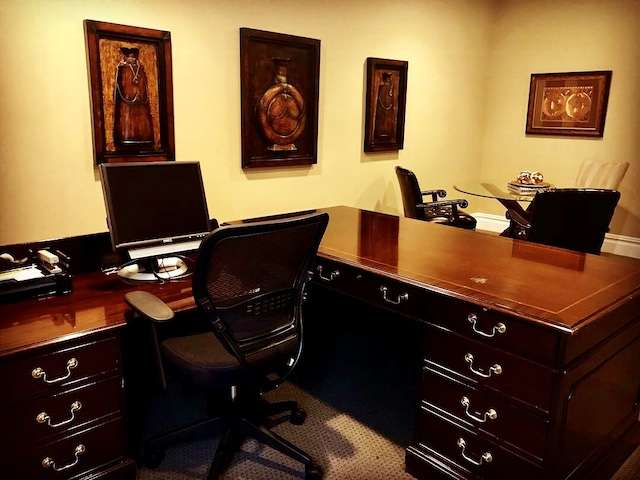 Receptionist and Mail Area - Middletown Virtual Office