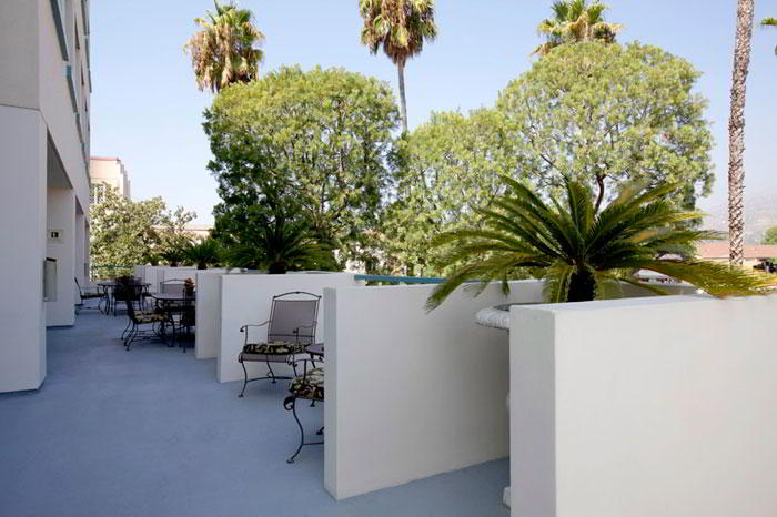 Glendale Busines Address - Lounge Area