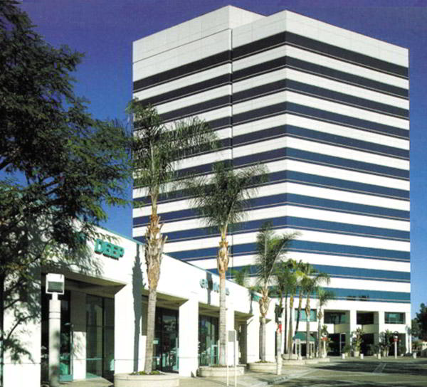 Huntington Beach Virtual Office - Building Facade