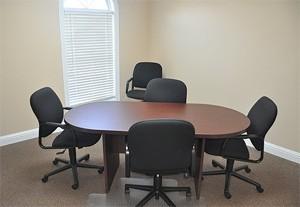 Stylish Cumming Meeting Room