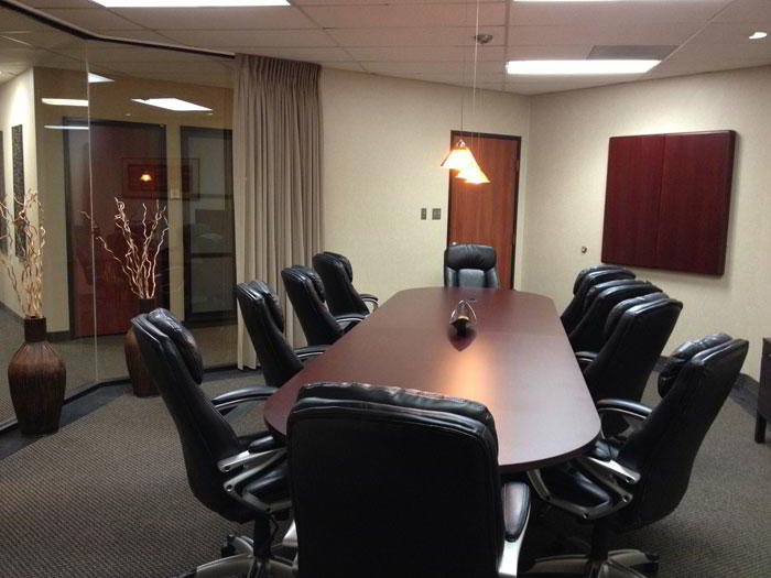 Stylish Grapevine Meeting Room