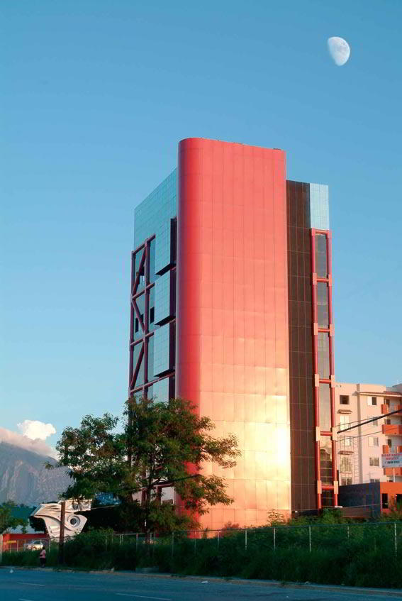 Monterrey Virtual Office - Building Facade