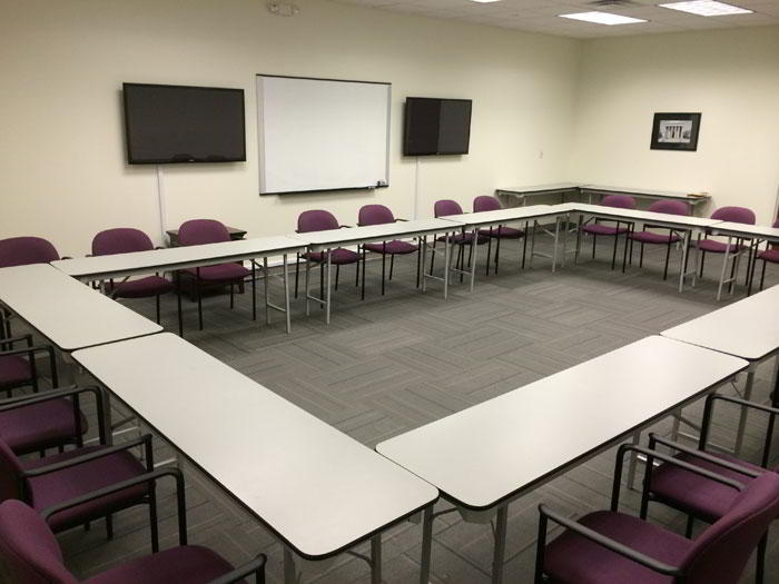 Nice Conference and Meeting Rooms in West Chester