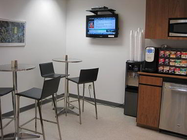Break Room - Kitchen Area - New York Executive Suite