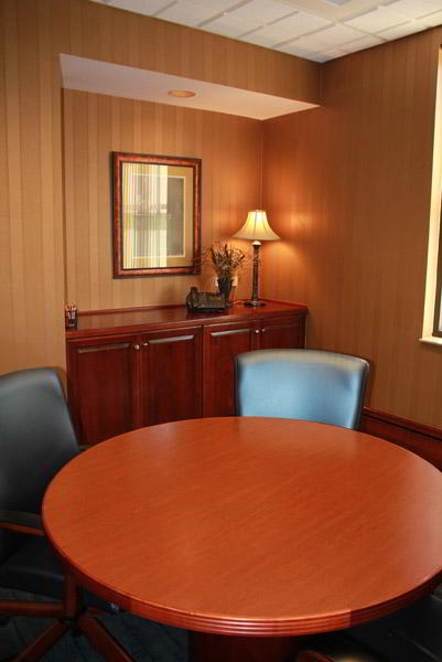 Nice Conference and Meeting Rooms in Peachtree Corners