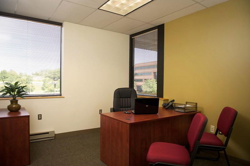 Laurel Day Office - Fully Equipped