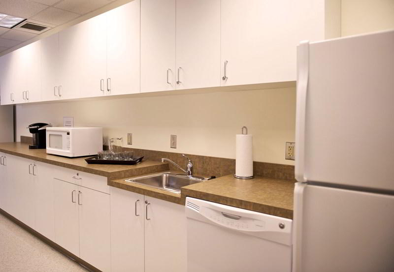 Break Room - Kitchen Area - Laurel Executive Suite