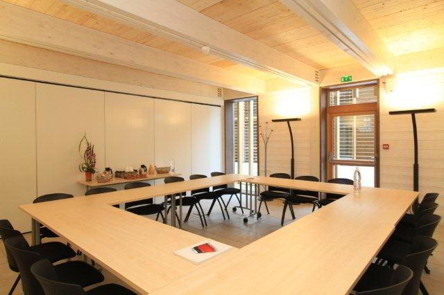 Nice Conference and Meeting Rooms in Terssac
