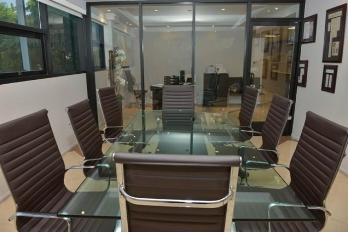 This Beverly Hills Virtual Office Meeting Rooms