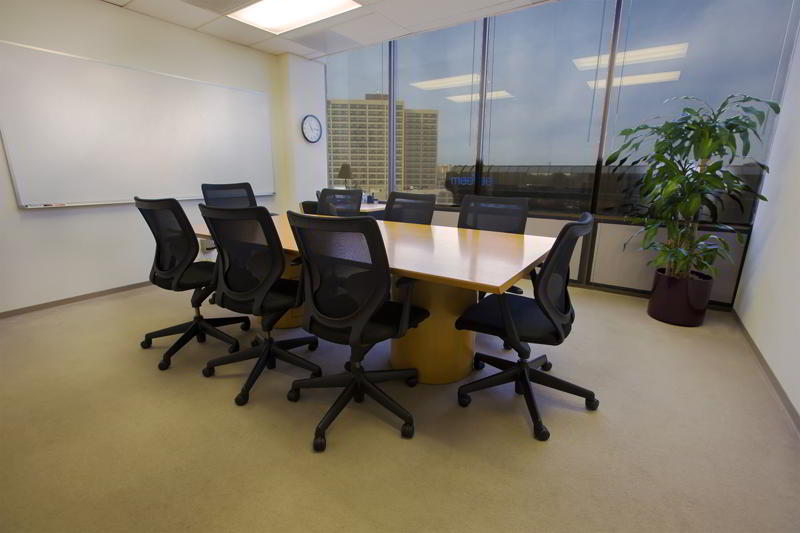 Stylish Burlingame Meeting Room