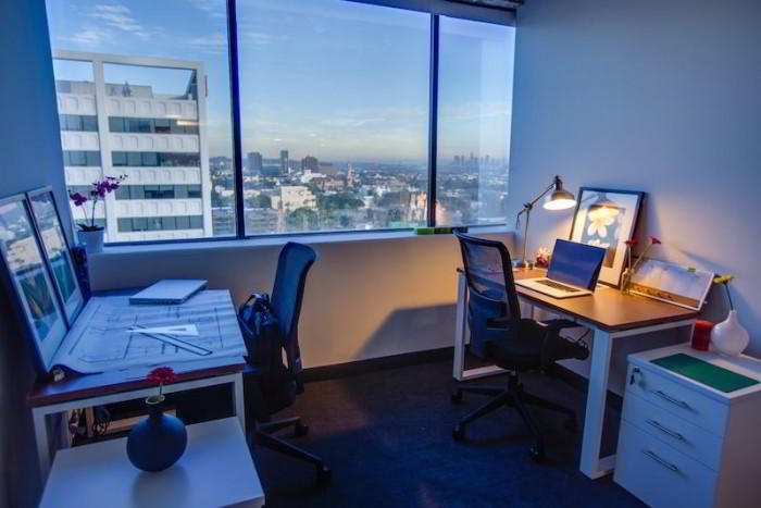 Los Angeles Day Office - Fully Equipped
