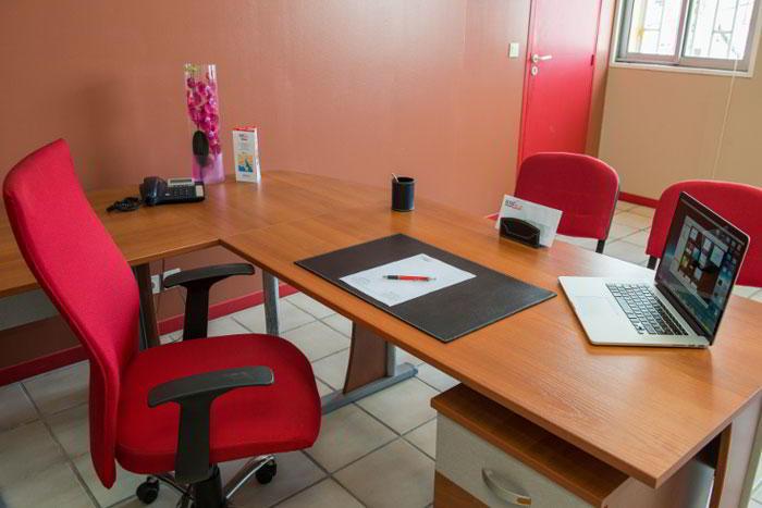 Temporary Baie-Mahault Office - Meeting Room