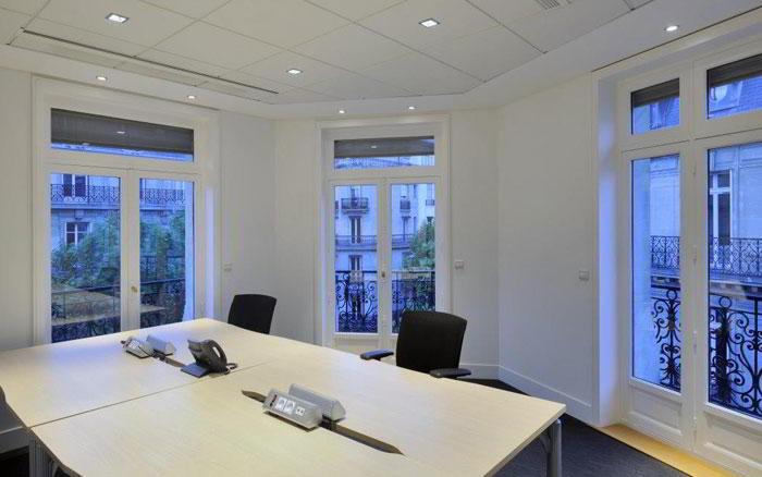 Paris Cedex 11 Virtual Office Space - Comfortable Commons Area