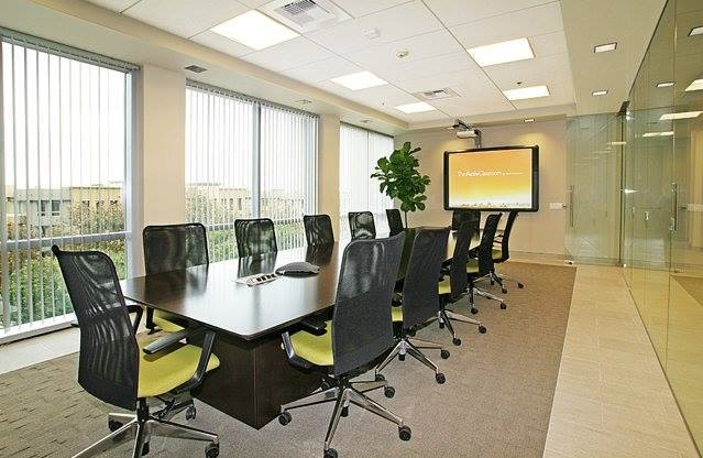 Nice Conference and Meeting Rooms in Aliso Viejo