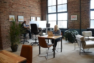 Ridgewood Virtual Office Space - Comfortable Commons Area