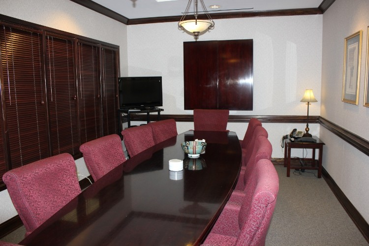 Stylish Peachtree Corners Meeting Room