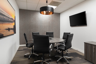 Nice Conference and Meeting Rooms in El Segundo