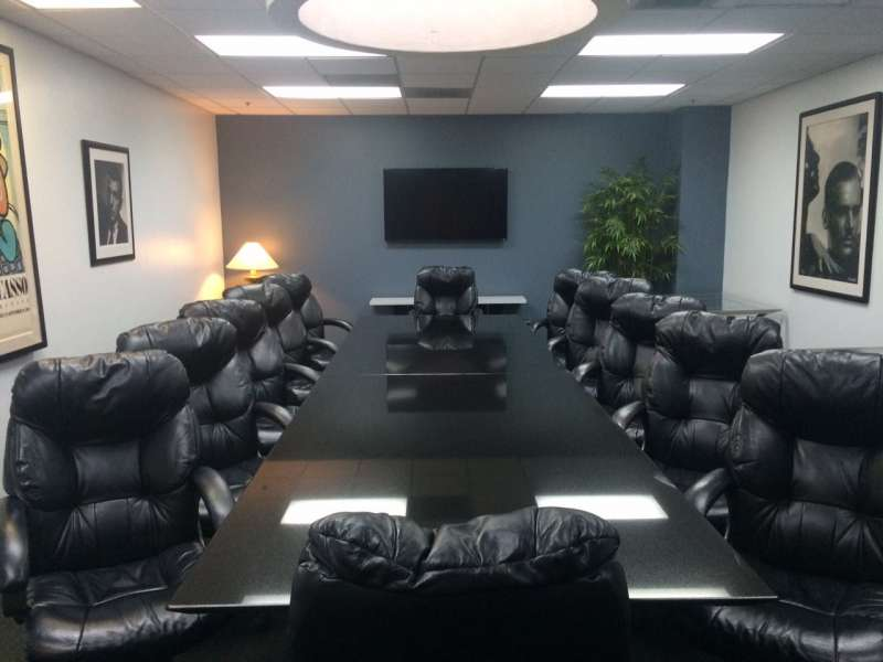 Nice Conference and Meeting Rooms in Beverly Hills