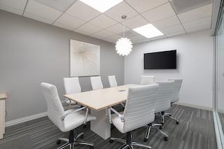 Stylish Manhattan Beach Meeting Room