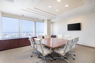 Stylish El Segundo Meeting Room