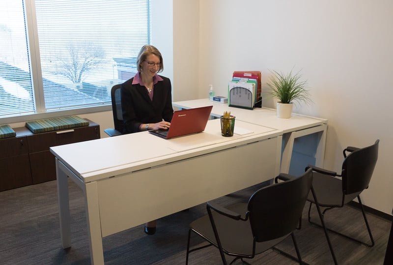 Virtual Offices Edgewater - Temp Offices or Meeting Room
