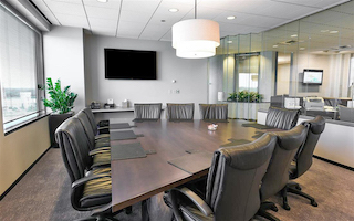 Nice Conference and Meeting Rooms in Schaumburg