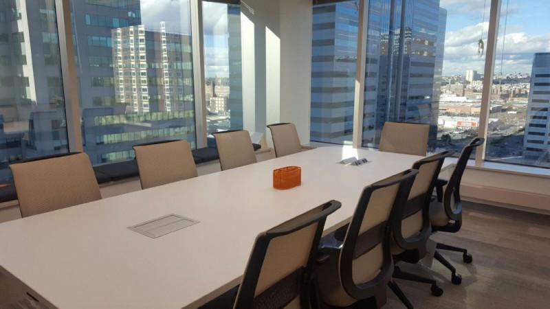 Stylish Jersey City Meeting Room