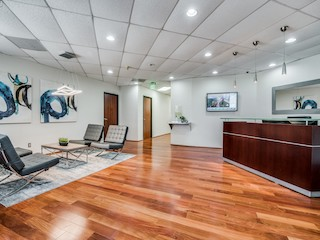 Receptionist Lobby - Virtual Offices in Grapevine