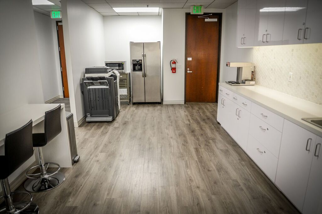 On-Demand Manhattan Beach Office - Meeting Rooms Available Too