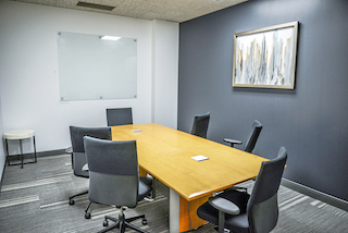 Nice Conference and Meeting Rooms in Sherman Oaks