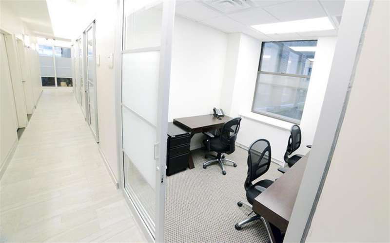Temporary New York Office - Meeting Room