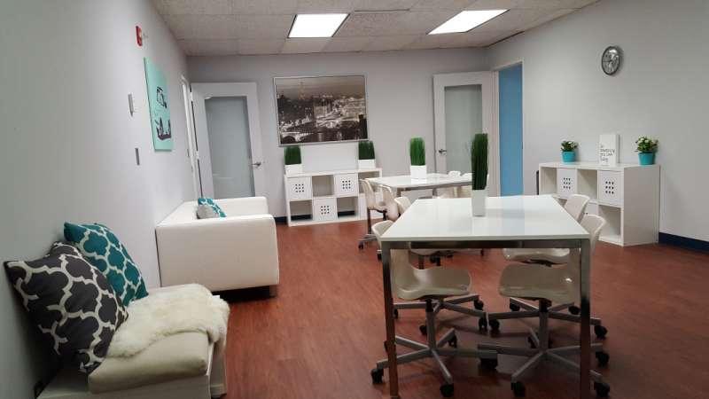 Stylish Lanham Meeting Room