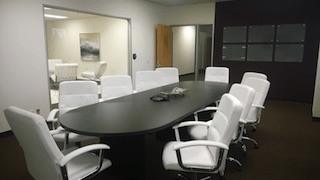 Nice Conference and Meeting Rooms in La Mirada