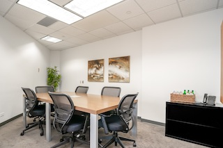 Stylish Greenwood Village Meeting Room