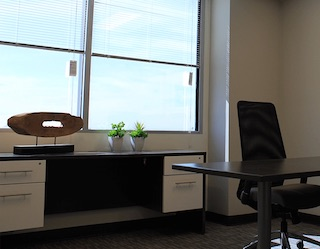 Long Beach Temporary Private Office or Meeting Room