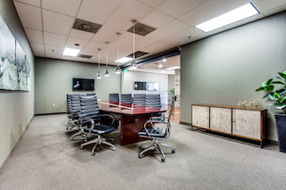 Stylish Plano Meeting Room