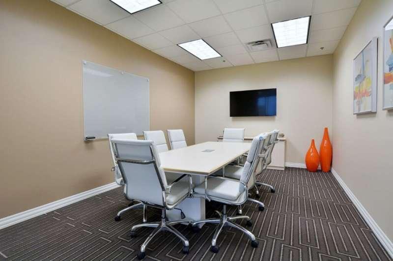 Stylish Allen Meeting Room