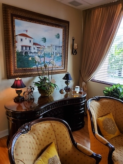 Coral Gables Virtual Office Space - Comfortable Commons Area