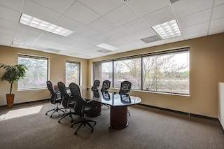 Nice Conference and Meeting Rooms in Roswell