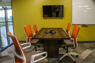 Nice Conference and Meeting Rooms in Ann Arbor