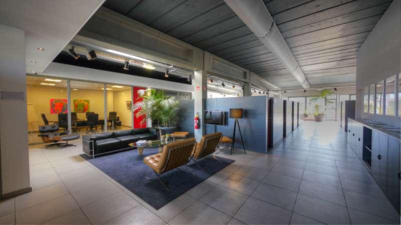Antwerp Busines Address - Lounge Area