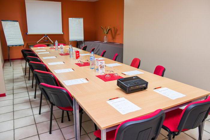 Stylish Baie-Mahault Meeting Room