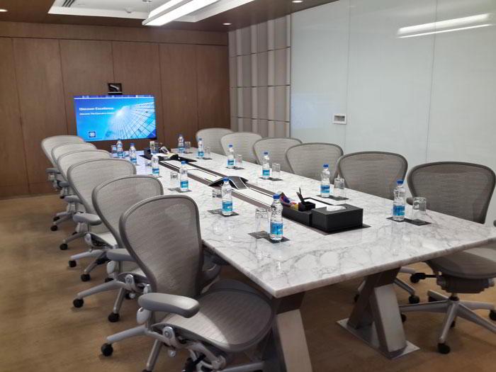 Stylish Bangalore Meeting Room