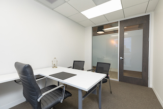 Beverly Hills Temporary Private Office or Meeting Room