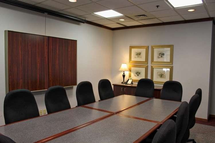 Nice Conference and Meeting Rooms in Bloomfield Hills