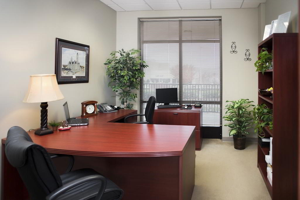 Brentwood Temporary Private Office or Meeting Room