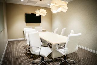 Stylish Calabasas Meeting Room