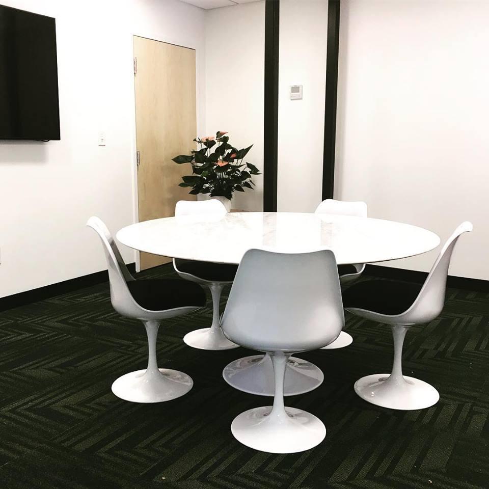 Stylish Cambridge Meeting Room
