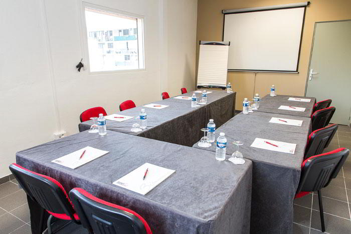 Turnkey Cayenne Conference Room