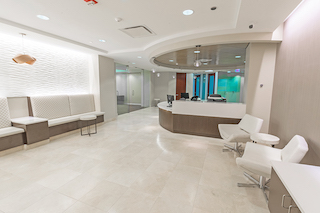 Receptionist Lobby - Virtual Offices in Chicago